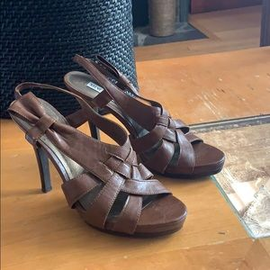 Steve Madden Eliah brown strappy heels shoes 8